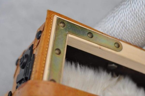 Unikat Kratzbaum Koffer Detail 2