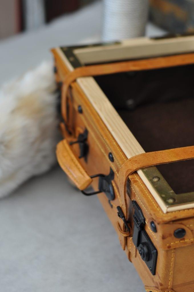 Unikat Kratzbaum Koffer Detail 4